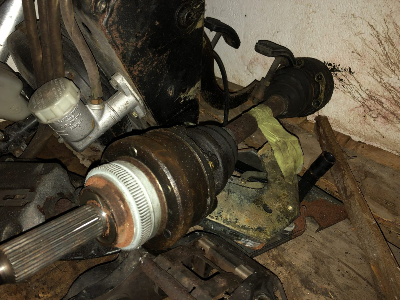 Brakes, Gearbox and Drivetrain